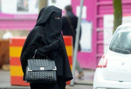 Niqab Photo 2